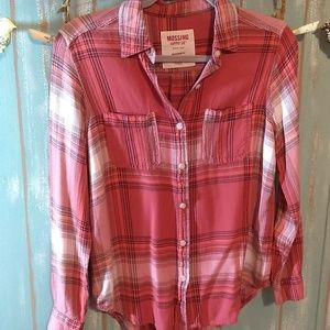 Mossimo Boyfriend Fit Shirt